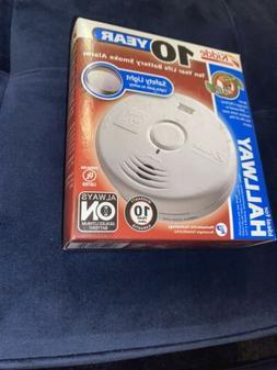 Kidde 10069 - Worry-Free Hallway Power Smoke Alarm with Seal