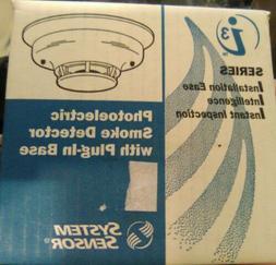 System Sensor 2W-B Photoelectric W/ plug In Base Smoke Detec