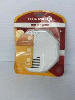 First Alert FAT1039828 Dual-Sensor Smoke & Fire Alarm