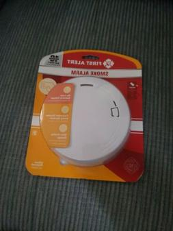 First Alert Photoelectric Smoke Detector Alarm 10 Year YR Ba