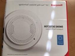 Honeywell SiX Two-Way Wireless Technology Smoke Detector SIX