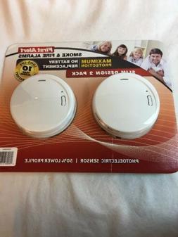 First Alert Smoke & Fire Detector 10 Yr Lithium Cell Slim De