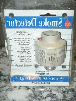 G2 Smoke Detector Twist Light Fixture  Safety NEW