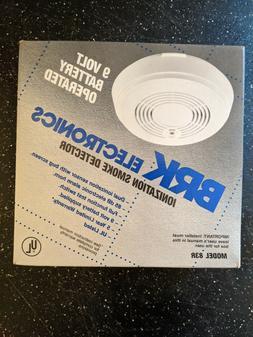 Vintage BRK Smoke Detector 1994 Electronics 9 Volt Home Fire
